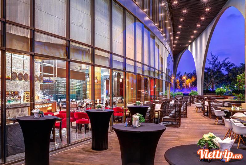 Nhà hàng - Khách sạn Pullman 5 sao Vũng Tàu