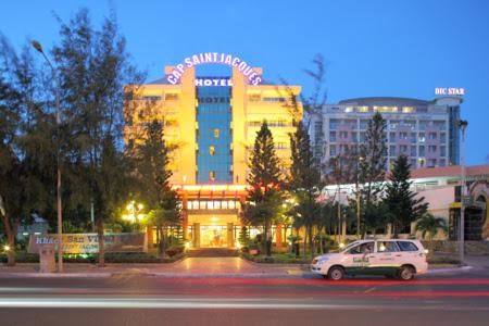 3-cap-saint-jacques-hotel_450x300