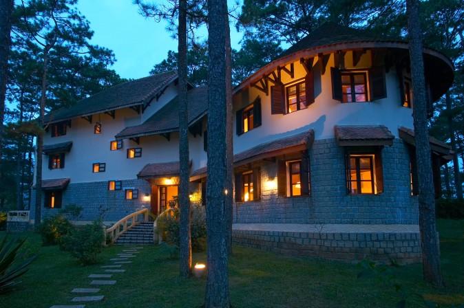ana-mandara-villas-dalat-resort-1