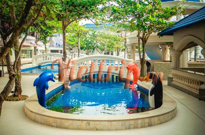 Lan-rung-phuoc-hai-resort-viettrip33