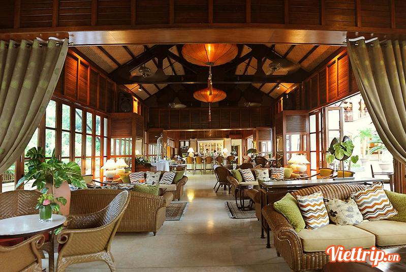 nhà hàng Hai Van Lounge