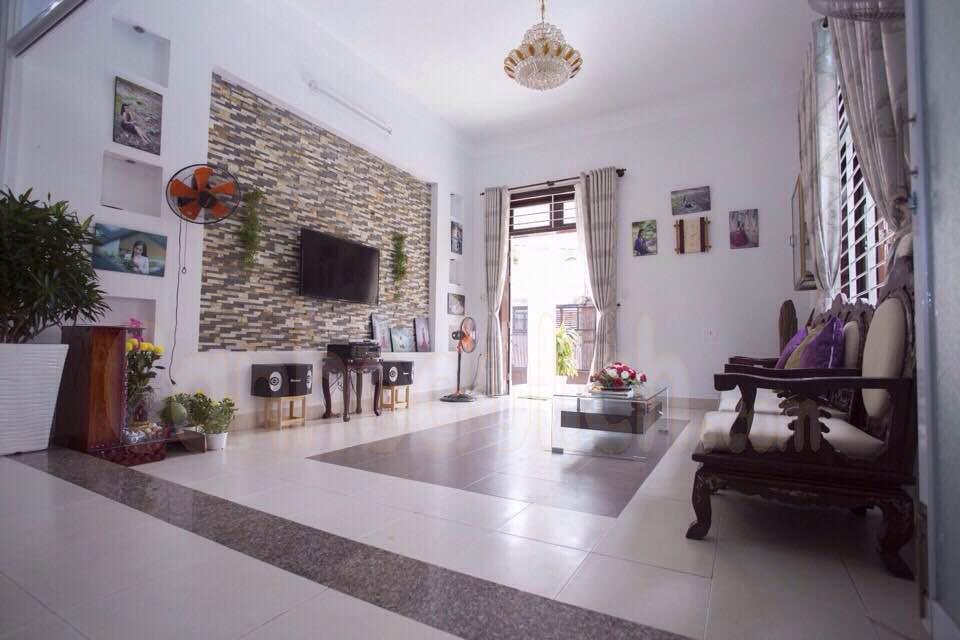 Phòng khách tại villa Helios Vũng Tàu
