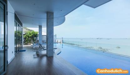 Tận hưởng không gian biển ngay tại villa